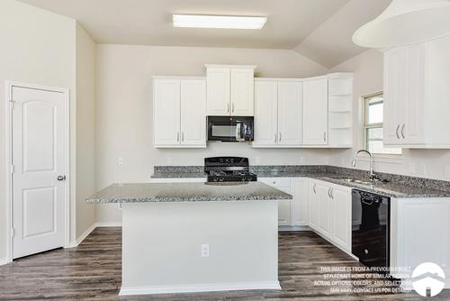 Kitchen-in-S-1514-at-Heartwood Park-in-Copperas Cove