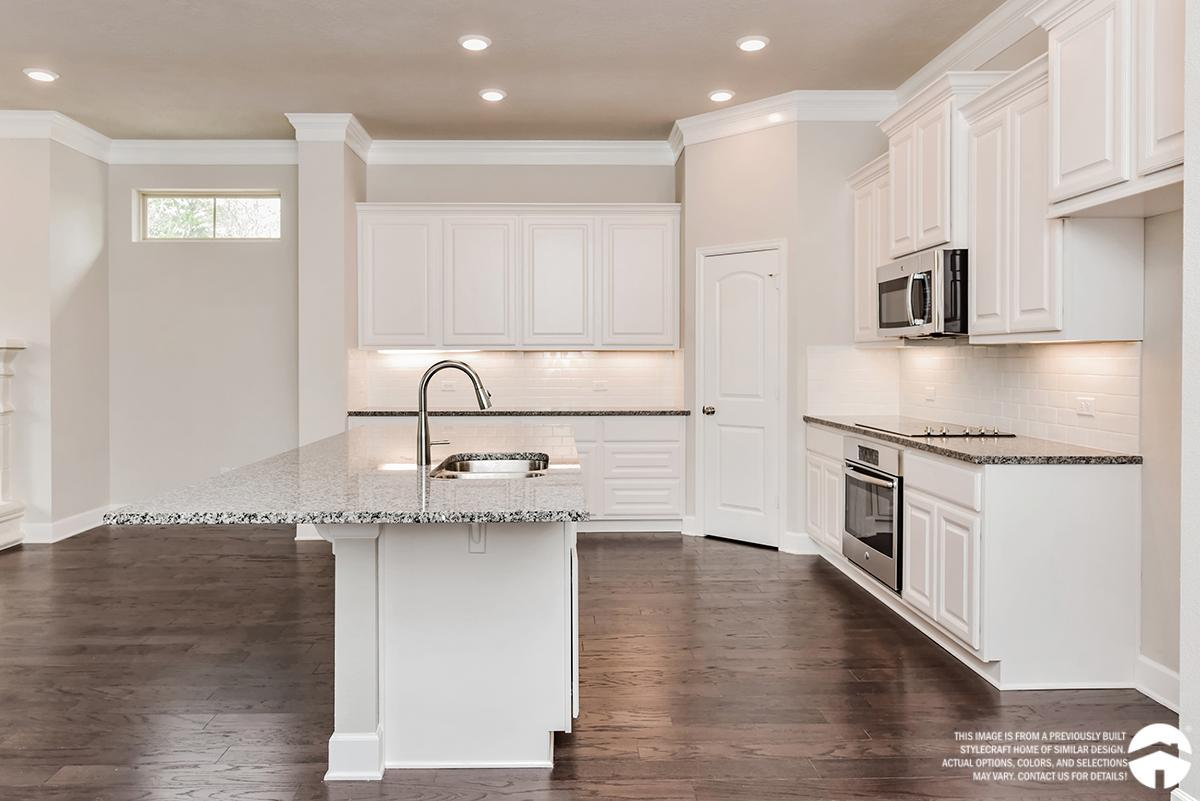 Kitchen-in-E-2706-at-Bridgewood-in-College Station