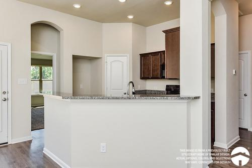 Kitchen-in-1262-at-Yowell Ranch-in-Killeen