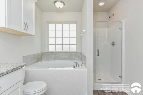 Bathroom-in-S-1475-at-Heartwood Park-in-Copperas Cove