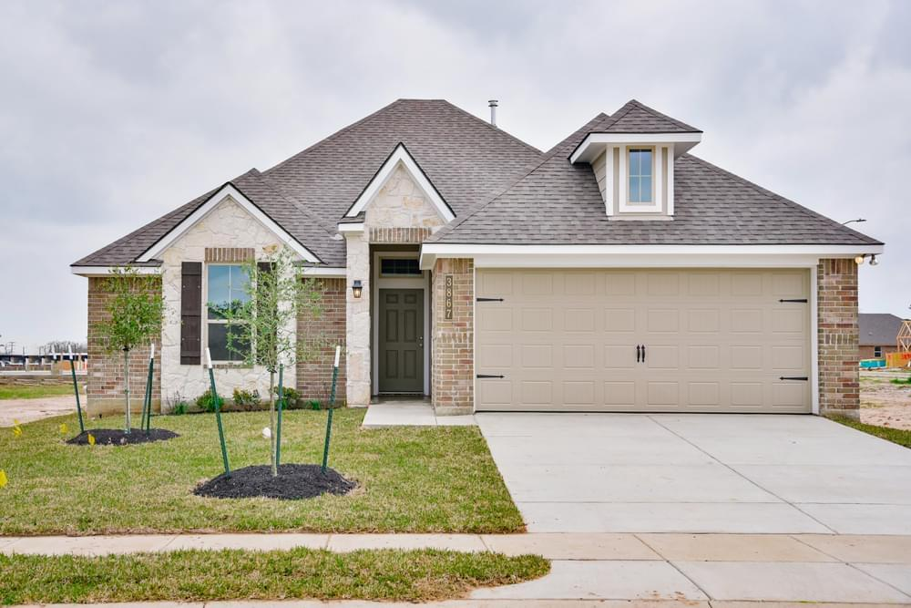 Exterior featured in the 1593 By Stylecraft Builders in Waco, TX