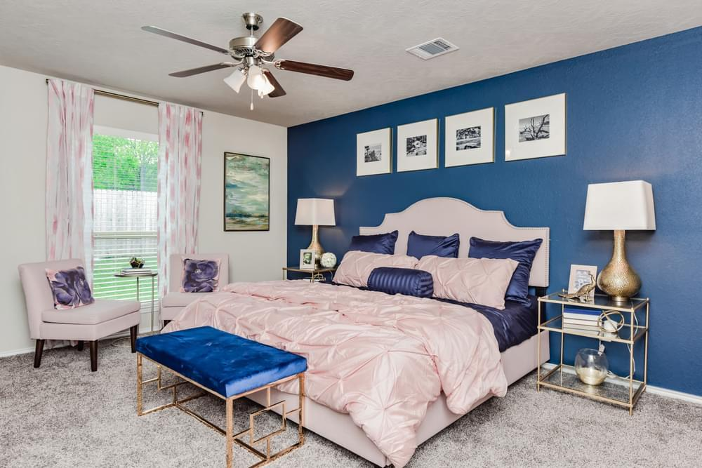 Bedroom featured in the S-1514 By Stylecraft Builders in Waco, TX