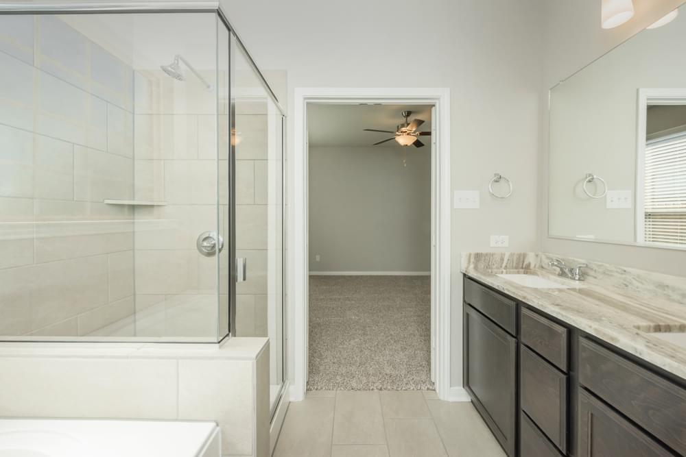 Bathroom featured in the S-2516 By Stylecraft Builders in Killeen, TX