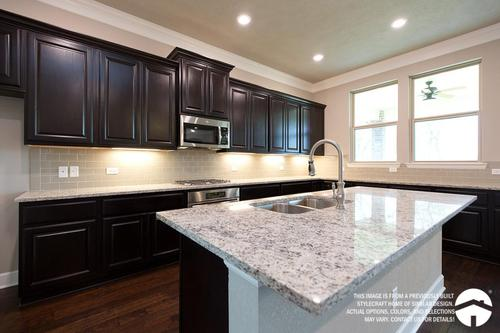 Kitchen-in-E-2478-at-Bridgewood-in-College Station