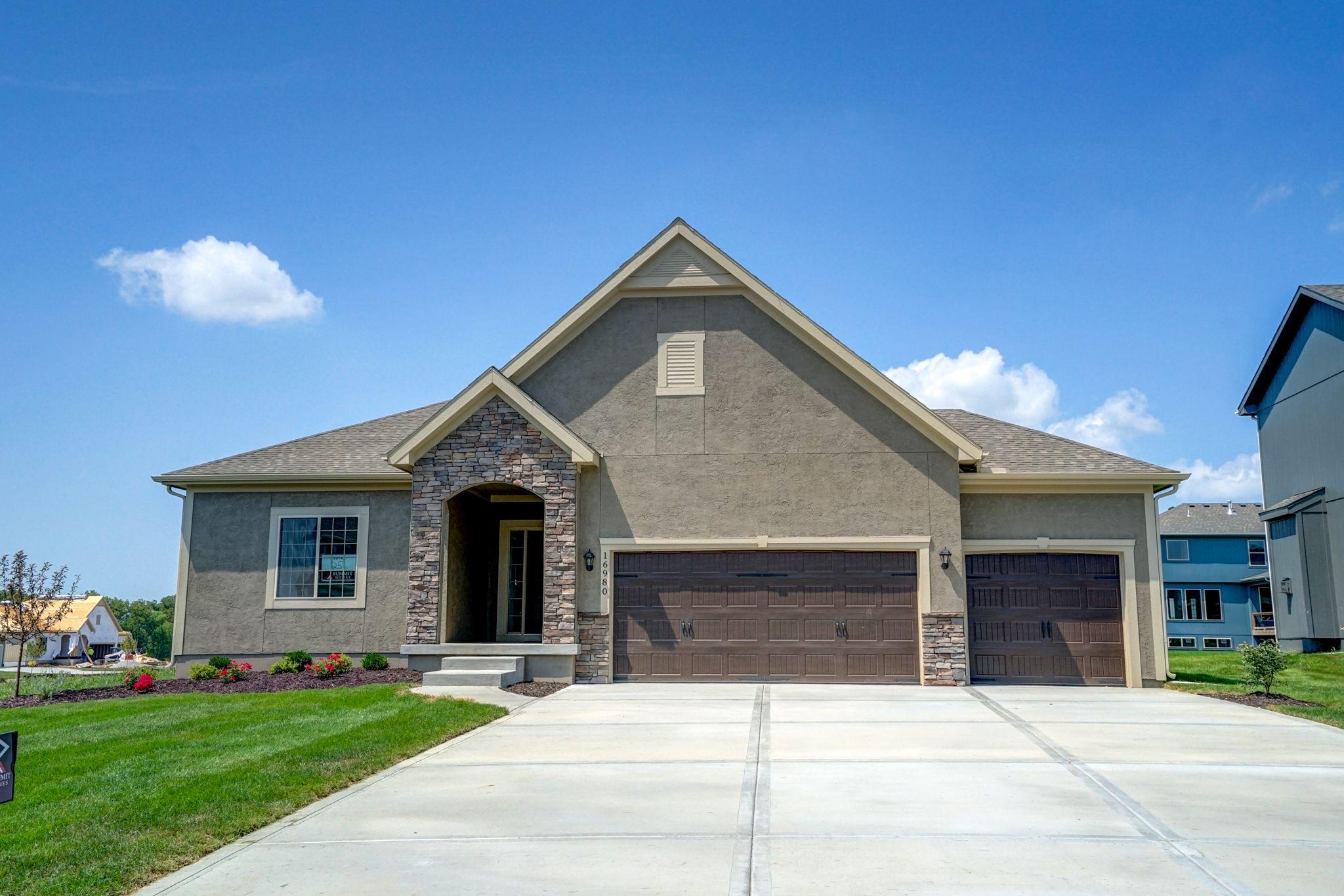 'Hawthorn Ridge' by Summit Homes KC in Kansas City