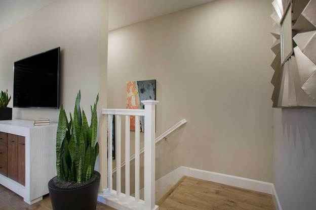 TPH_NC_Apex_P1_Stairs:Residence 1 - Stairs