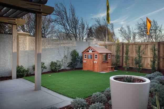 Exterior:Residence 1 - Backyard