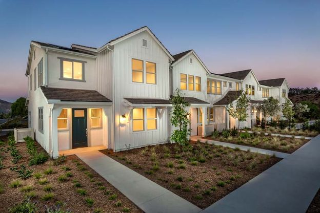TriPointe Citron At Bedford Corona CA 1018:Citron Model Homes