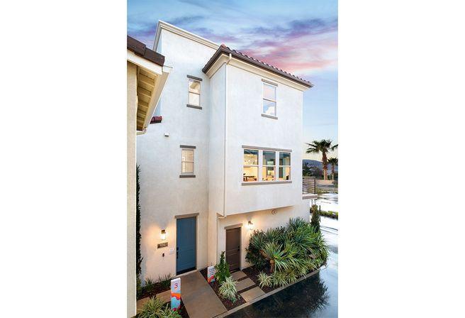 528 S Motif St Anaheim CA 92805 (Residence 3)