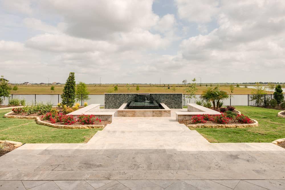 'LakeHouse 90' by Tri Pointe Homes Houston in Houston