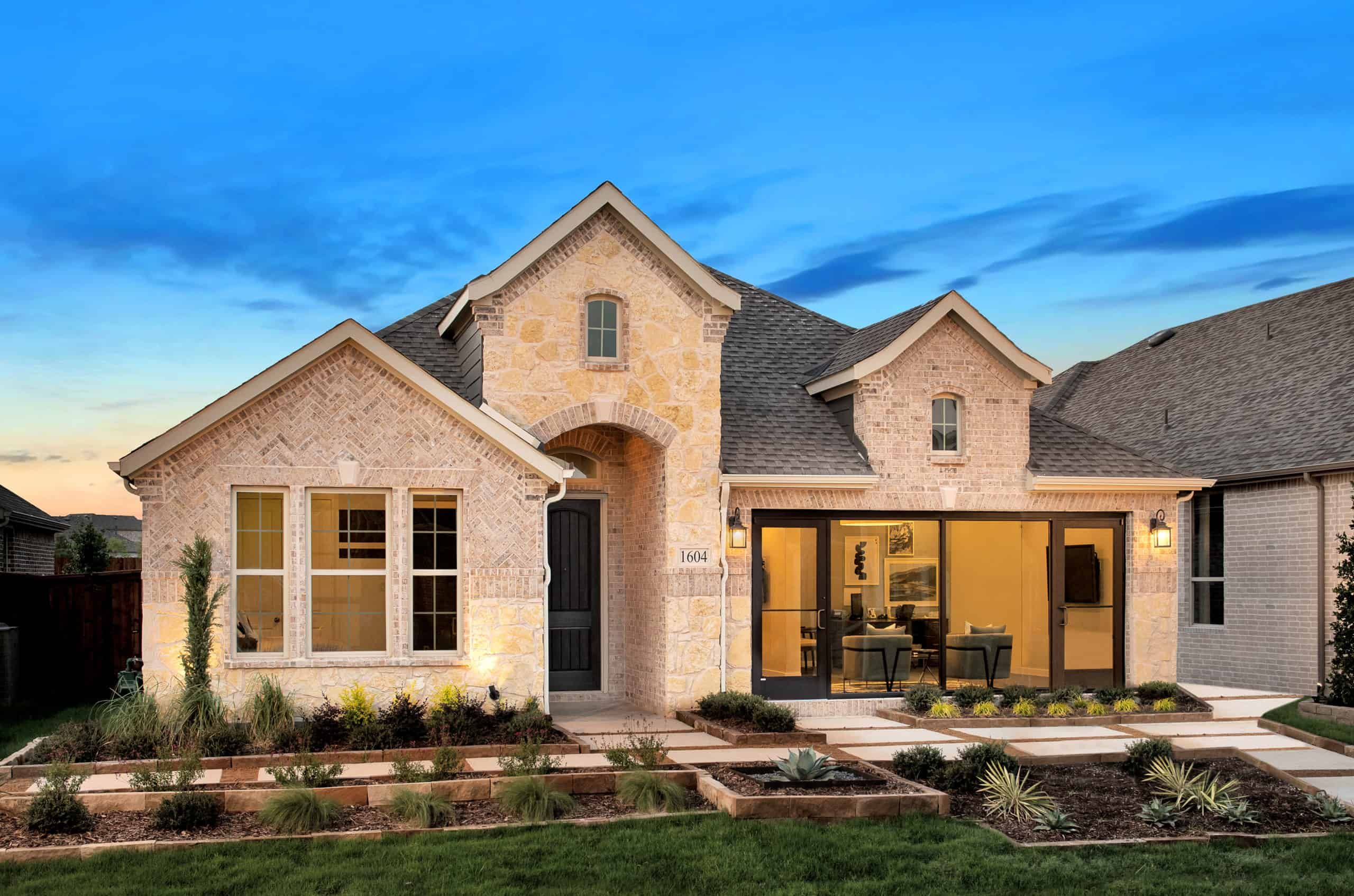 'Gateway Parks' by Tri Pointe Homes Dallas-Fort Worth in Dallas