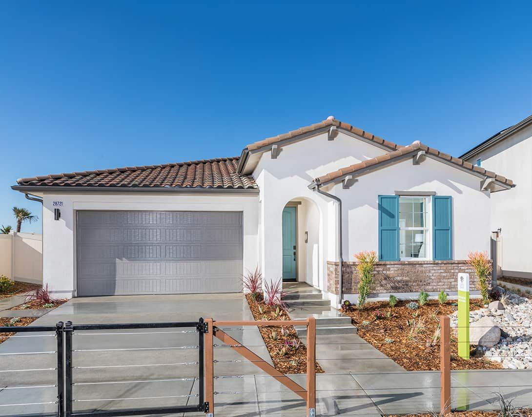 Exterior featured in the Luna Plan 1 By Tri Pointe Homes in Los Angeles, CA