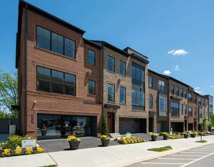 Quaker - Bren Pointe: Alexandria, District Of Columbia - Tri Pointe Homes