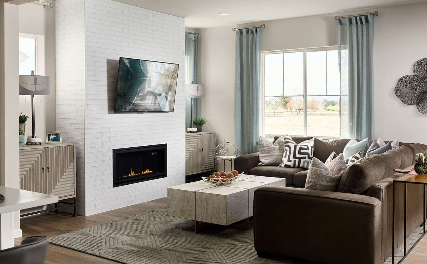 Living Area featured in the Plan 4032 By Tri Pointe Homes in Denver, CO