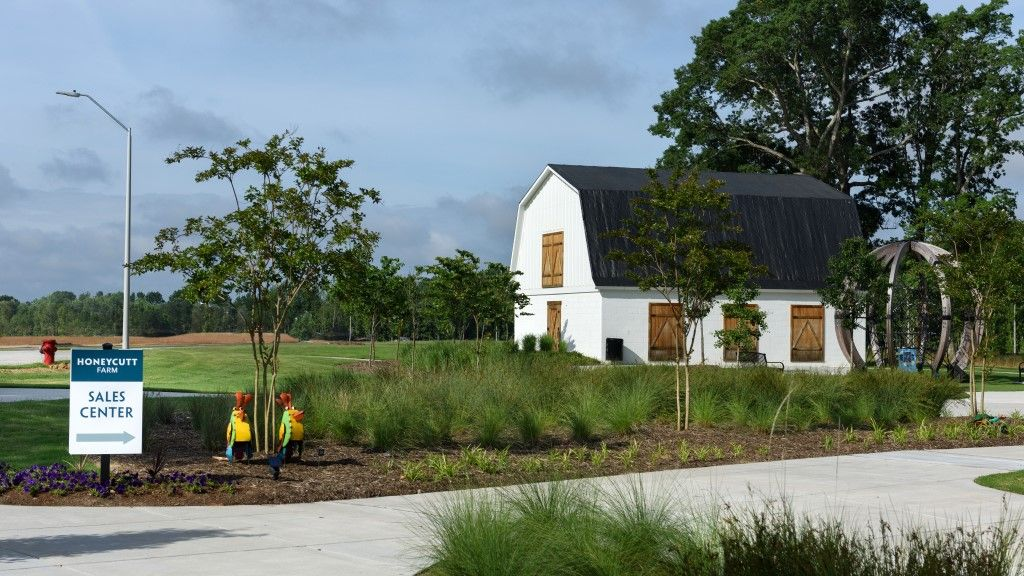 Honeycutt Farm At The Grange In Holly Springs Nc New Homes By Taylor Morrison