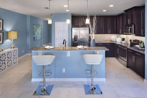 Kitchen-in-Kennedy-at-Reedy Reserve-in-Kissimmee