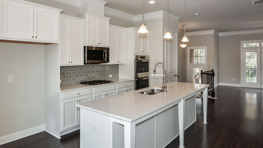 Kitchen-in-Arlington III-at-Townsend at Perimeter-in-Dunwoody