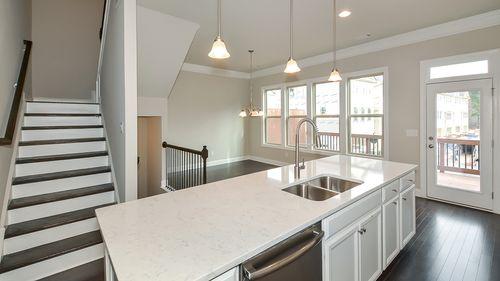 Kitchen-in-Arlington III-at-Townsend at Perimeter-in-Dunwoody