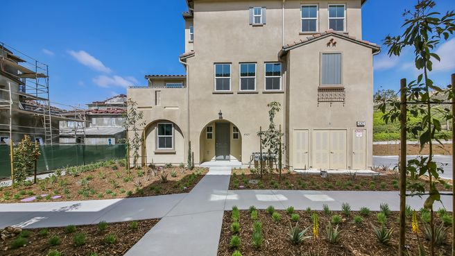 4362 St Cloud Way 1 (Residence 4 WLH)