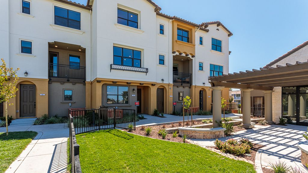 Exterior featured in the Condo Plan 6 By Taylor Morrison in San Jose, CA