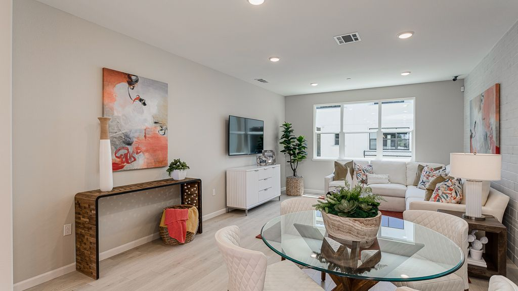 Living Area featured in the Condo Plan 1 By Taylor Morrison in San Jose, CA
