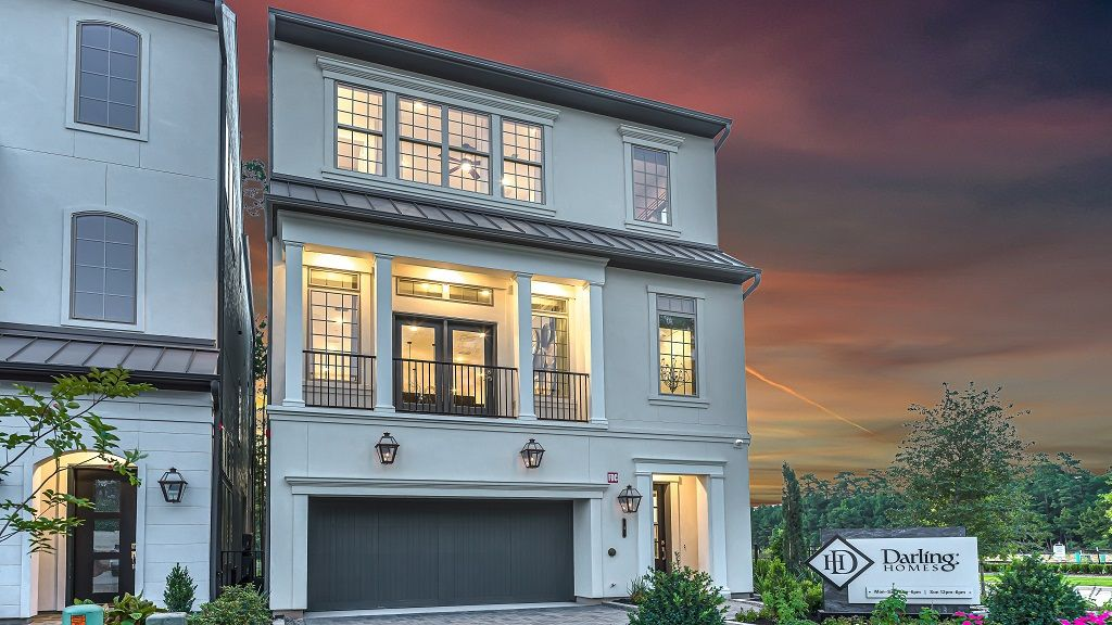 'The Woodlands, the VUE at East Shore' by Darling Homes - Houston in Houston