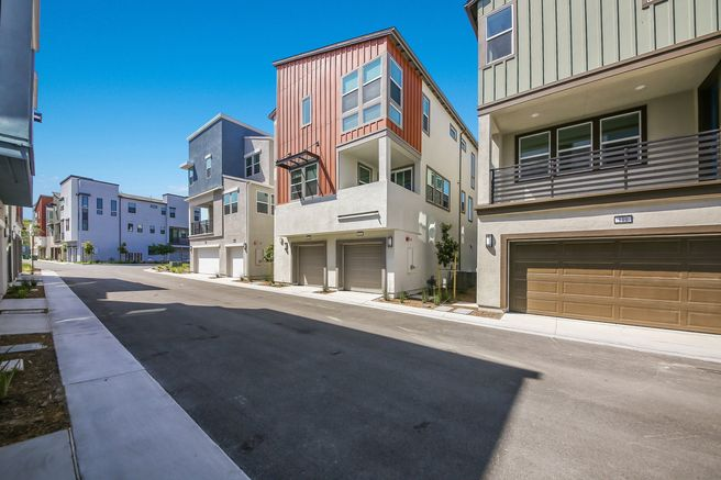 121 Fable (Residence 2 WLH)