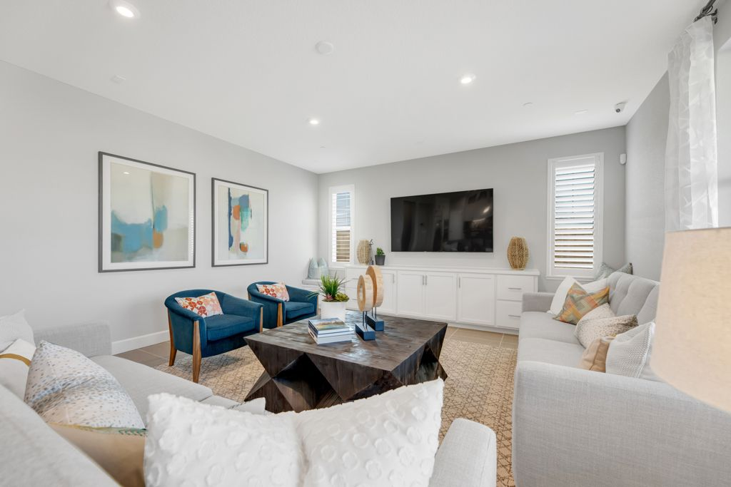 Living Area featured in the Secretariat Plan 6 By Taylor Morrison in Sacramento, CA
