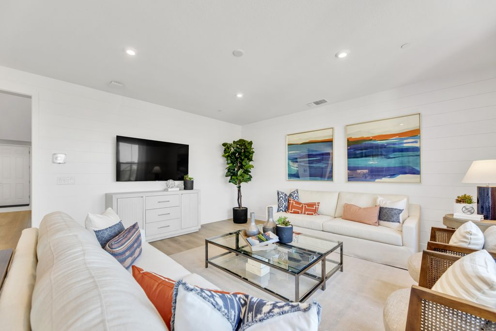 Living Area featured in the Stakes Plan 9 By Taylor Morrison in Sacramento, CA