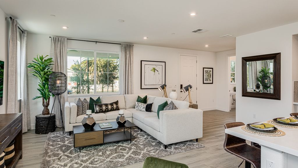 Living Area featured in the Plan 1 By Taylor Morrison in Oakland-Alameda, CA