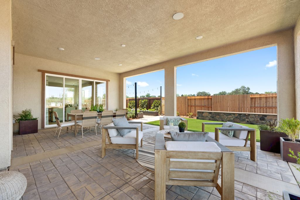 Exterior featured in the Glacier Plan 11 By Taylor Morrison in Sacramento, CA