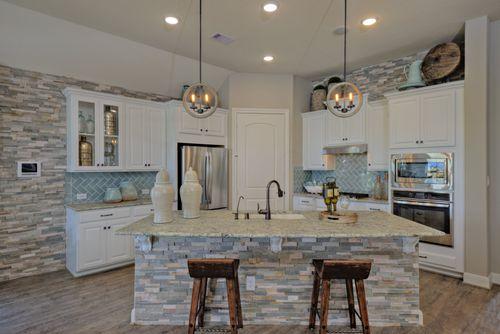 Kitchen-in-Avondale-at-Bonterra at Cross Creek Ranch-in-Fulshear