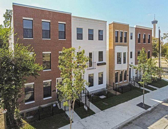 426 Center Street (Plan 1669)