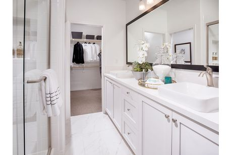 Bathroom-in-Plan 5C-at-Tapestry Walk-in-Anaheim