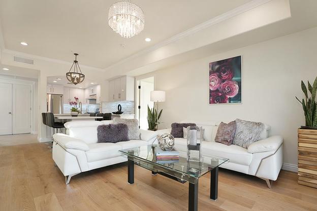 Long Beach Garden Home:2B Living