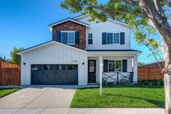 11123 Pickford way (The Evergreen Collection)
