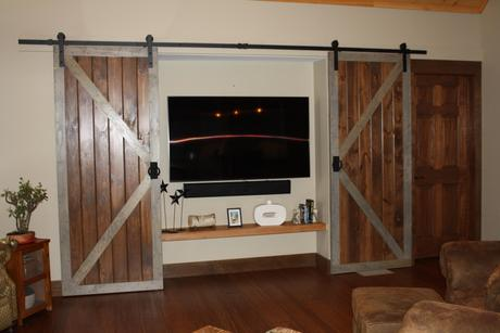 Media-Room-in-The Butternut-at-Timbercrest Builders-in-Paupack