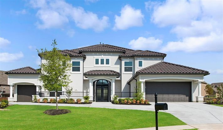 Elevation Image:Impressive curb appeal with stucco finish