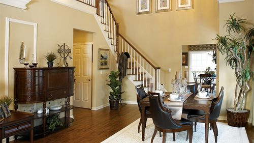 Dining-in-Acorn Elite-at-Regency at Wappinger - Meadows-in-Wappingers Falls