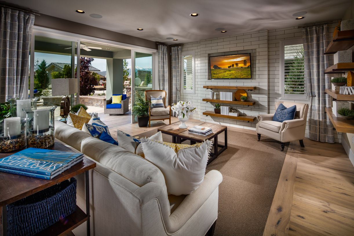 Greatroom-and-Dining-in-Tahoe-at-Willow Bend at Saddle Ridge-in-Reno
