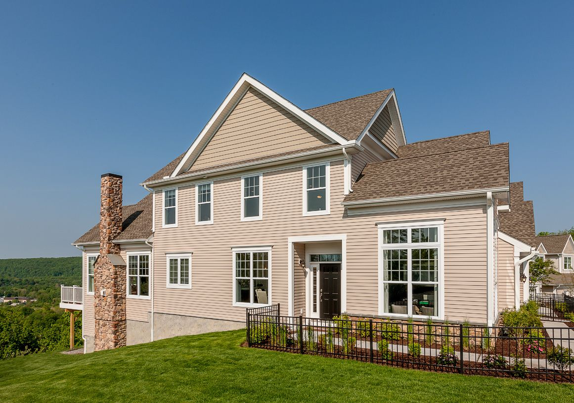Exterior featured in the Brandeis By Toll Brothers in Danbury, CT