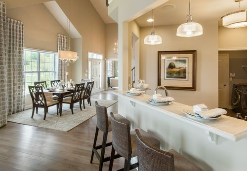 Dining-in-Alder-at-Regency at Wappinger - Meadows-in-Wappingers Falls