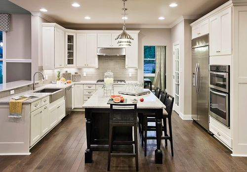 Kitchen-in-Amherst-at-Hopewell Glen - The Gardens-in-Hopewell Junction