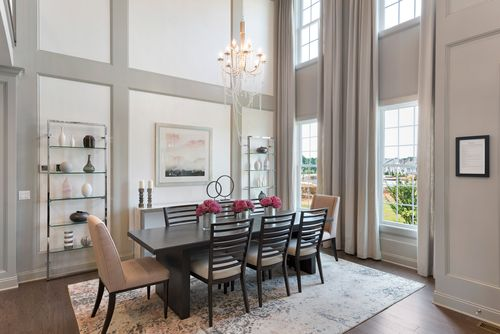 Dining-in-Blair-at-Reserve at Franklin Lakes - Carriages Collection-in-Franklin Lakes