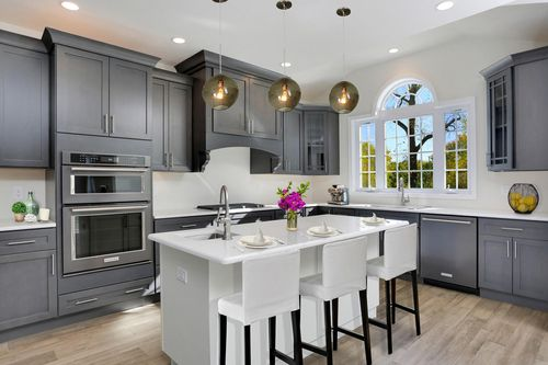 Kitchen-in-Montclaire-at-Hopewell Glen - The Gardens-in-Hopewell Junction