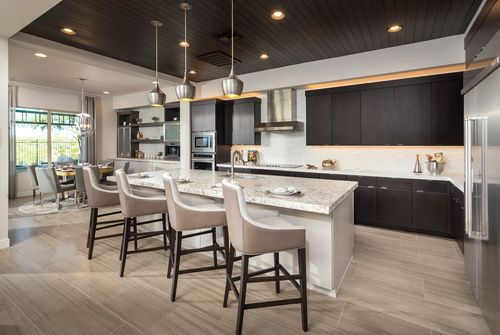 Kitchen-in-Aracena-at-Toll Brothers at Blackstone - The Retreat Collection-in-Peoria
