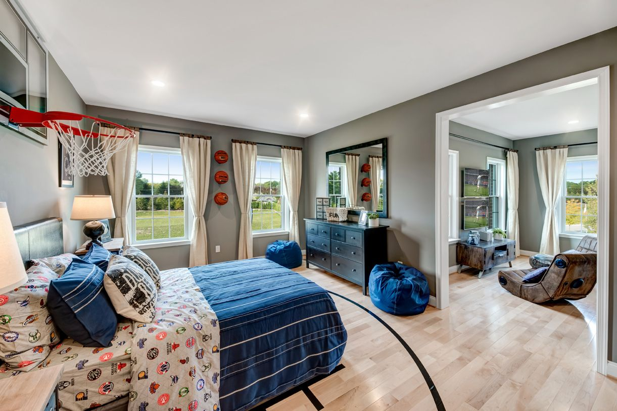 Bedroom featured in the Hollister By Toll Brothers in Detroit, MI