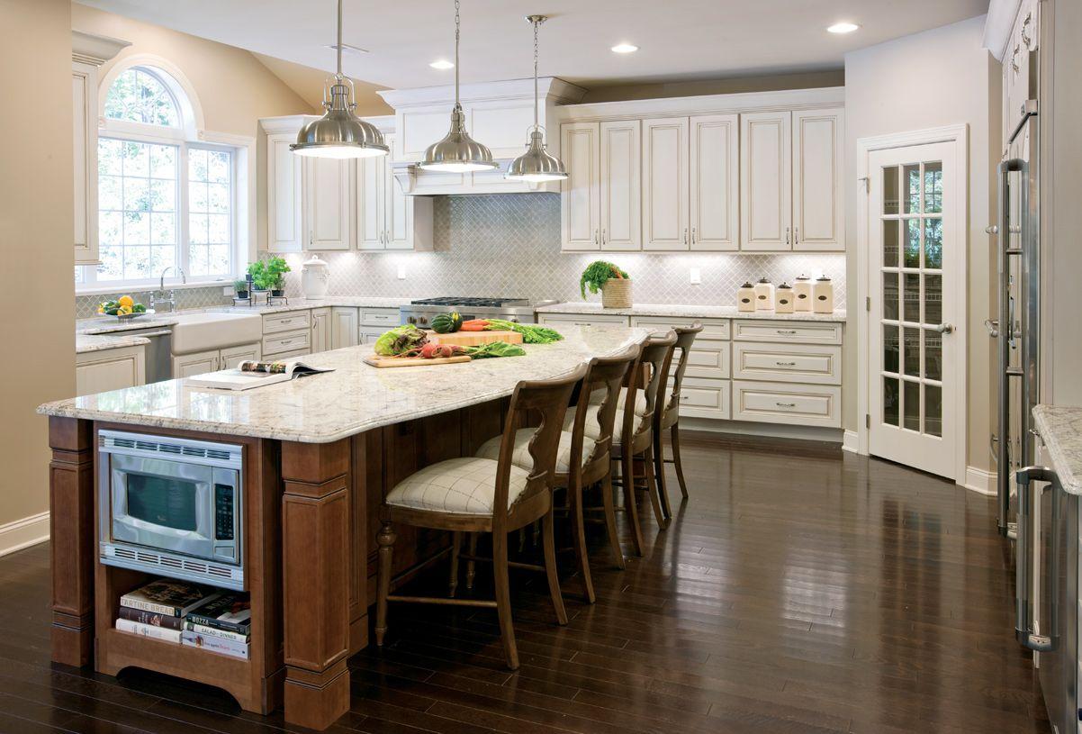 Kitchen-in-Hampton-at-Orchard Ridge at Mahwah-in-Mahwah