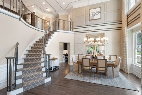 Dining-in-Bristol-at-Preserve at Emerald Pines-in-Methuen