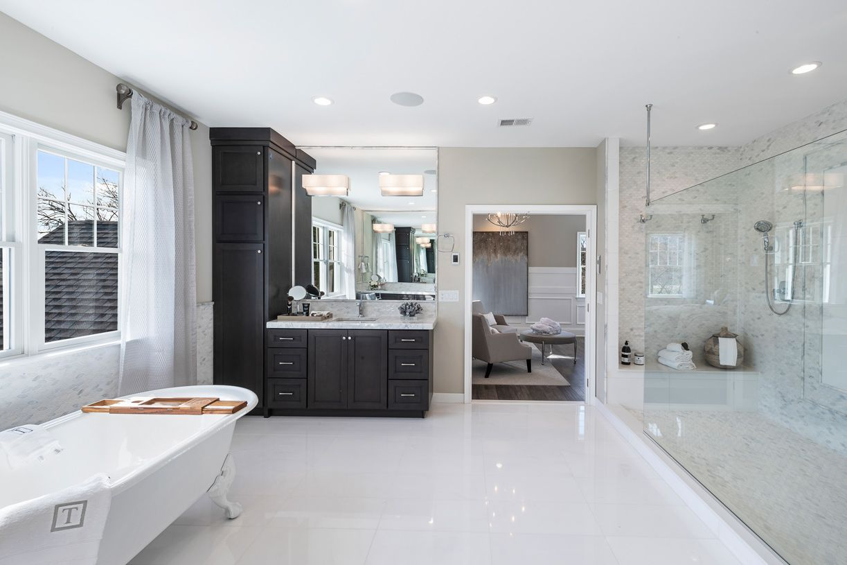 Bathroom featured in the Henley By Toll Brothers in Bergen County, NJ